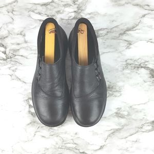 MERRELL Topo Twist Black Leather Slip On Loafers 7